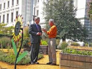 Joe Lamp'l and Secretary of Agriculture Tom Vilsack at the People's Garden