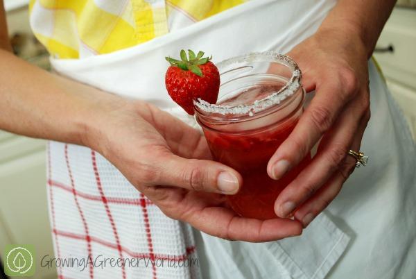 Strawberry Jamtini