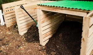 My Favorite Composting Bin; How to make it for free in minutes