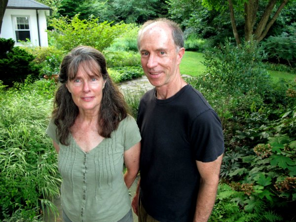 Living landscape-Rick Dark-Melinda Zoehrer-GrowingAGreenerWorld.com